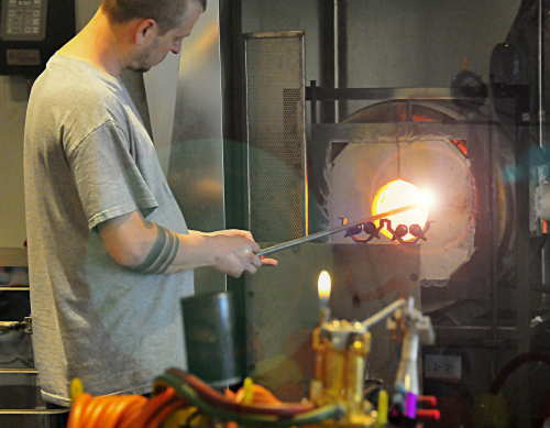 What is the best process to manufacture Glasses? - The ODM Group
