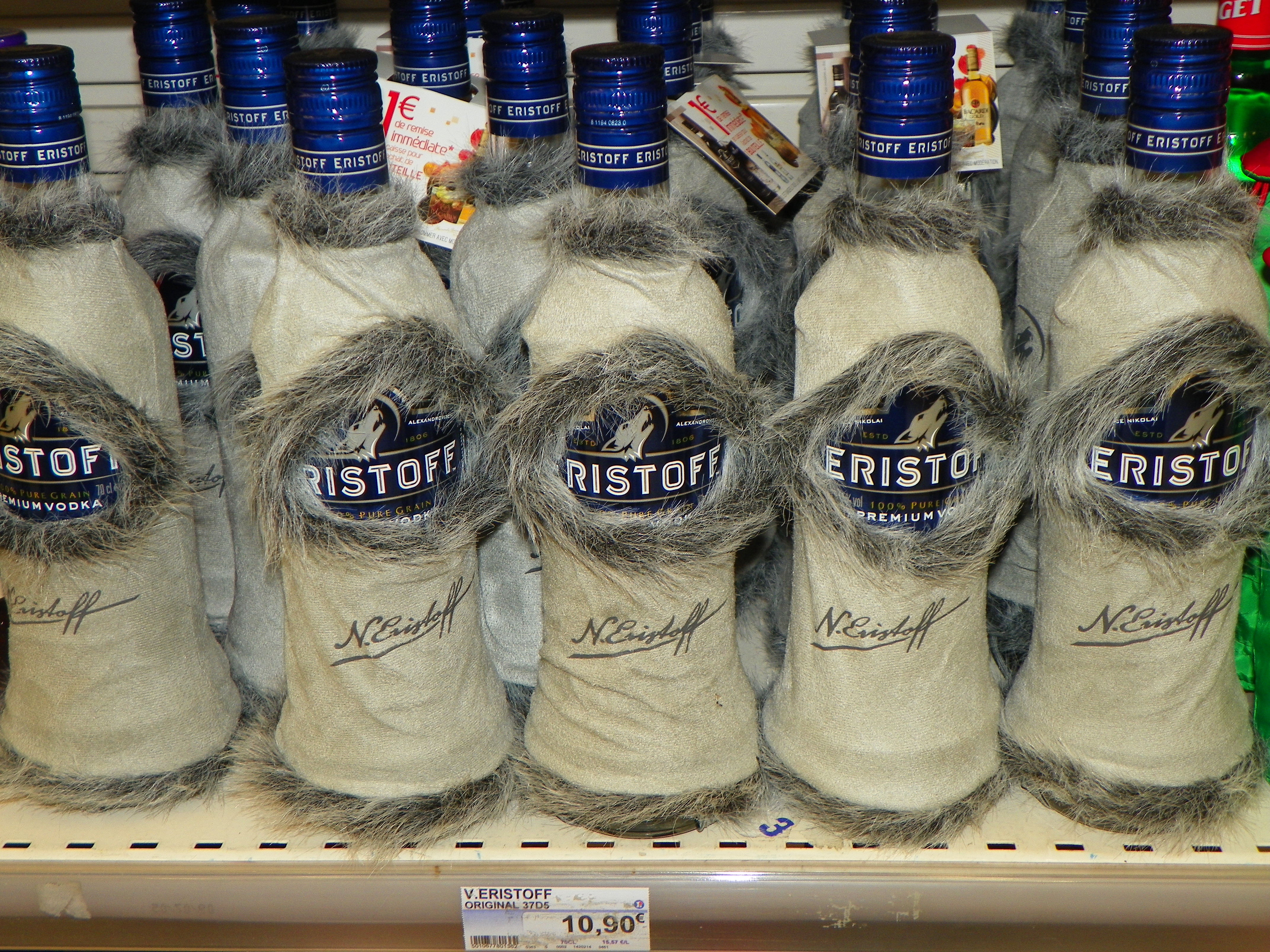 Promotional Packaging – Eristoff Vodka Bottle Coat